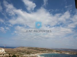 MELLIEHA - Spacious Penthouse enjoying panoramic views - For Sale