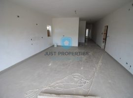 BAHAR IC-CAGHAQ - Enjoying open country views three bedroom apartment - For Sale