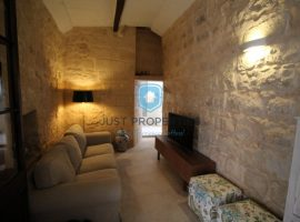 ZEBBUG - Converted House of Character - For Sale