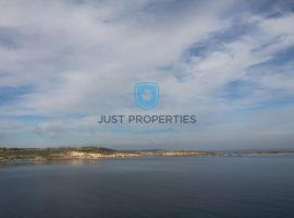 BUGIBBA - Furnished seafront apartment with large terrace - For Sale