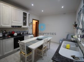 DINGLI - Furnished terrace house with street level garage - For Rent