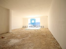 MGARR - Newly built good sized three bedroom apartment - For Sale