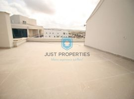 QAWRA - Three bedroom penthouse with access to pool area - For Sale
