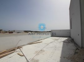 MGARR - Good sized three bedroom Penthouse - For Sale