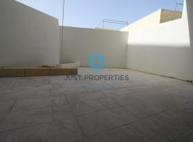 MGARR - Spacious three bedroom ground floor maisonette - For Sale