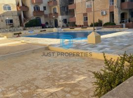 QAWRA - Three bedroom apartment with access to pool and gardens - For Sale