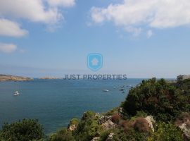 ST PAUL'S BAY - Unique three bedroom seafront duplex penthouse - For Sale