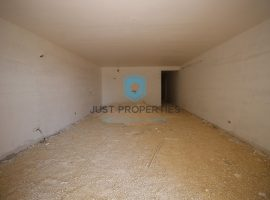 SLIEMA - Spacious apartment situated close to the promenade with interconnected garage - For Sale