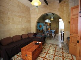 SLIEMA - Well kept Townhouse situated in a good residential area - For Sale