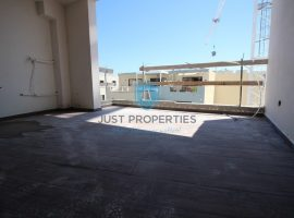 QAWRA - Luxury finished very spacious apartment located off the seafront - For Sale