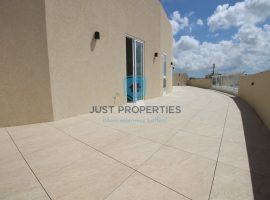 SAN PAWL TA TARGA - One of a kind corner penthouse with spacious terrace - For Sale