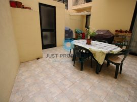 QAWRA - Furnished three bedroom maisonette - For Sale