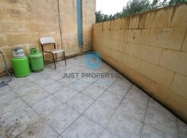 QAWRA - Ground floor maisonette with common pool and gardens - For Sale