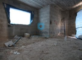 QAWRA - Bright corner two bedroom apartment served with lift - For Sale