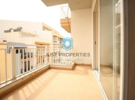 ST PAUL'S BAY - Spacious three bedroom apartment close to promenade - For Sale