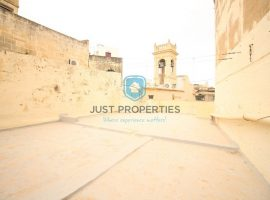 BIRKIRKARA - Centrally located unconverted townhouse - For Sale