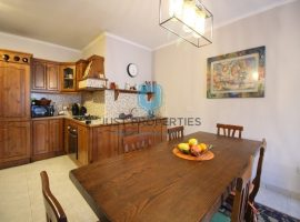 BUGIBBA - Furnished two bedroom apartment with balcony - For Sale