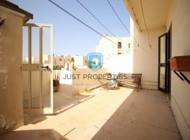 SAN GWANN - Well located older type of maisonette with interconnected garage - For Sale