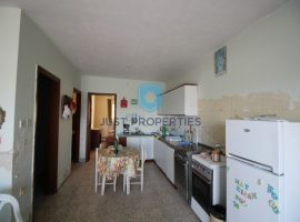 QAWRA - Seafront maisonette with back yard and front patio - For Sale