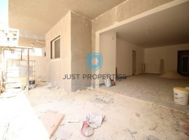 QAWRA - Ground floor apartment with good sized terrace - For Sale